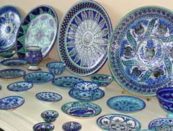 Uzbek ceramic dishes
